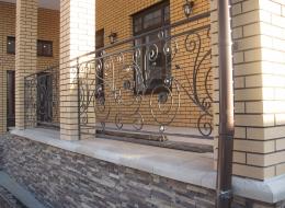 Кованые перила для крыльца на улице Воронеж №195
