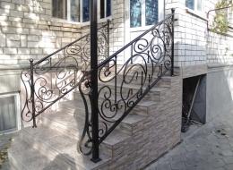 Кованые перила для крыльца на улице Воронеж №140