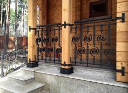 Кованые перила для крыльца на улице Воронеж №50