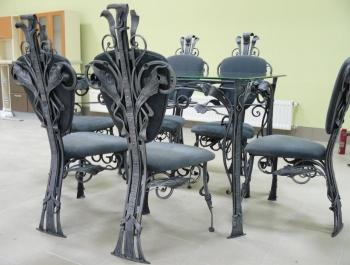 Кованая мебель в дом